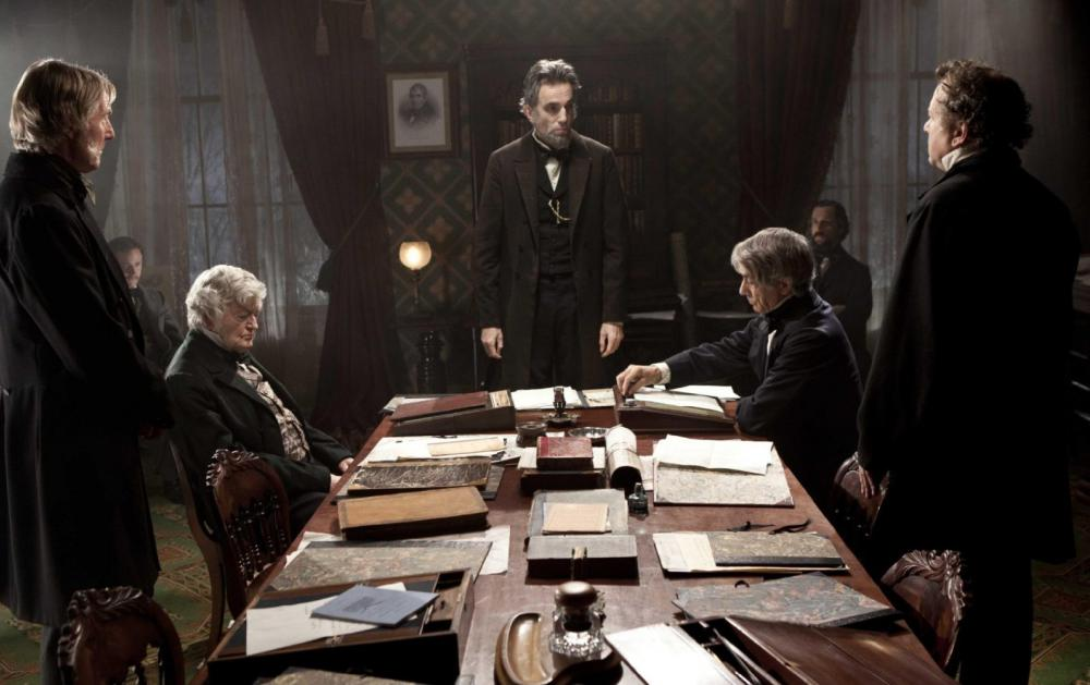 an analysis of the veracity of the movie lincoln directed by steven spielberg