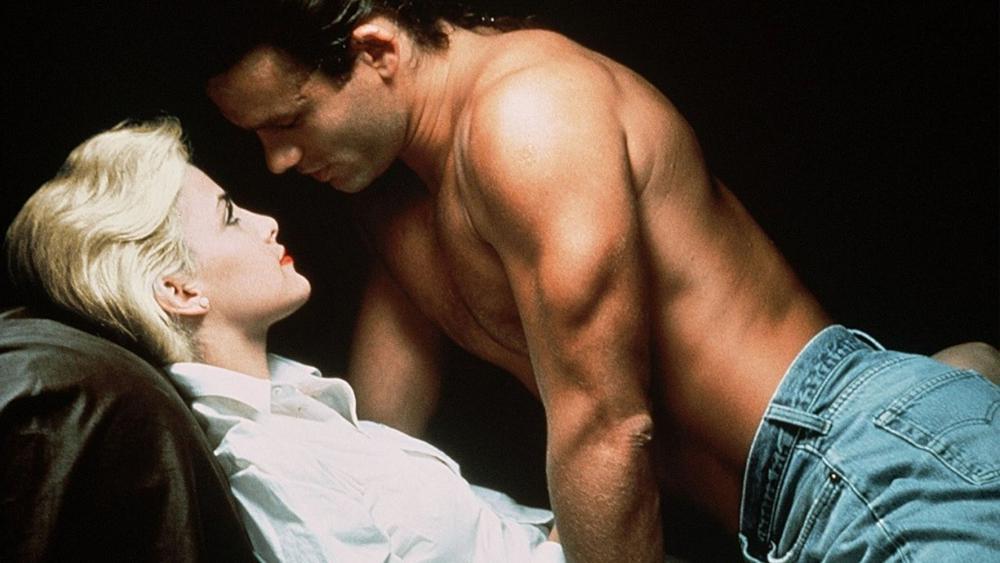 Фильмы секс смотреть женщины новинки зрелые