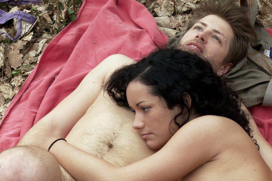 Расписание (0). Кадры из фильма Сексуальные хроники французской семьи.