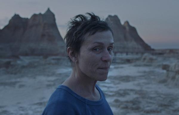 «Золотой глобус 2021»: «Борат 2» и «Земля кочевников» – лучшие фильмы