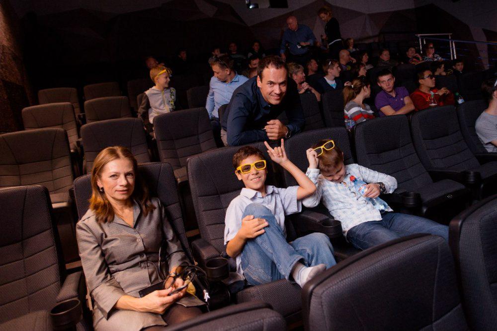 скидками ангарск кинотеатр мега фото очень редко только