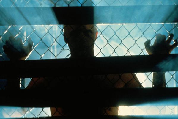 Кадр фильма Бегущий по лезвию