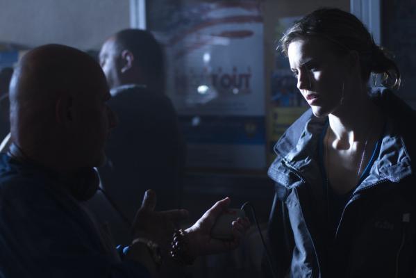 Кадр со съемок фильма Ограбление в ураган