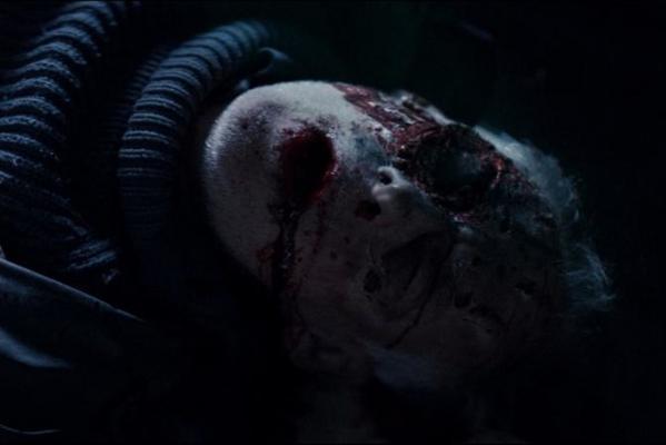 Кадр фильма Тварь