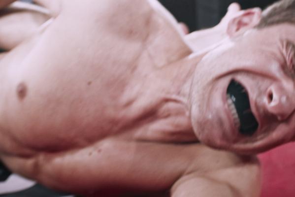Кадр фильма Боец без правил