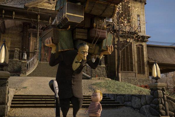 Кадр фильма Семейка Аддамс: Горящий тур